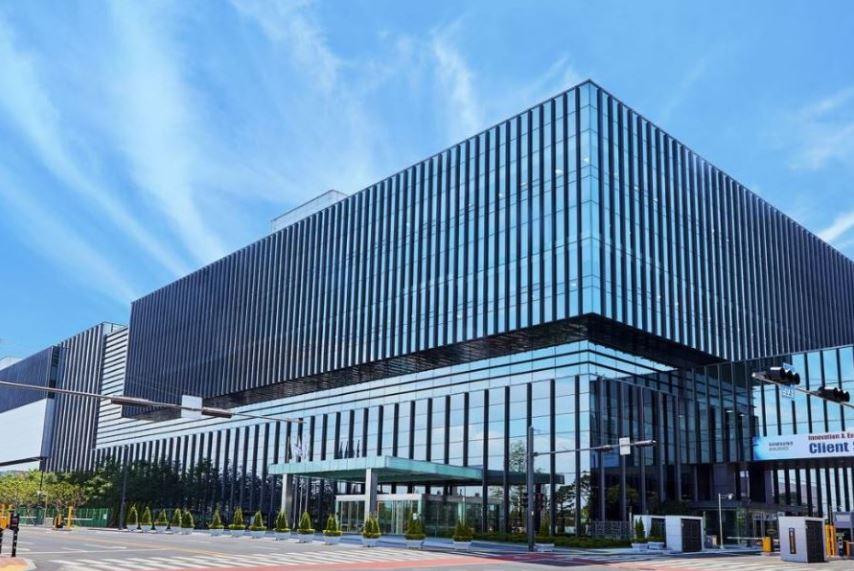 삼성바이오로직스는 세계 최대의 생산시설